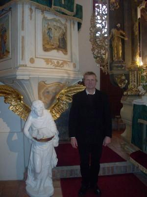 Keresztelő angyalszobor nemes másolata